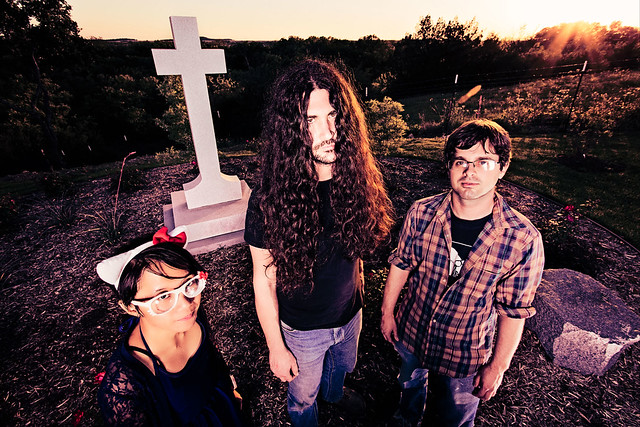 bloody-knives-roselawn-cemetery-denton-tx-7437-Edit