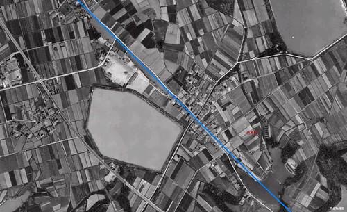 邑美駅西方の長池 1961年