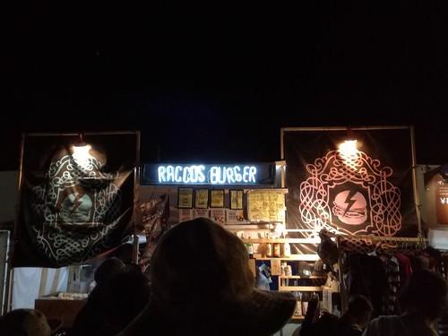 夜のラコスバーガー (二回目)