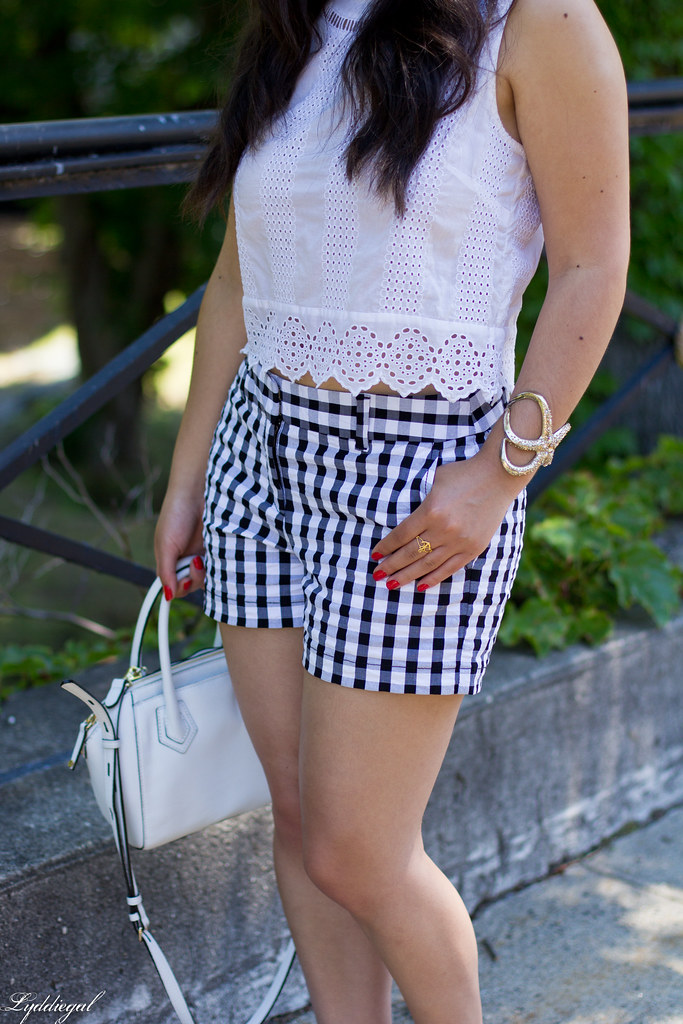 white eyelet lace crop top, gingham shorts, nude sandals-4.jpg