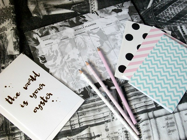 Blog-Photo-Props-Stationery